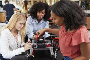 3 Female Engineering Students